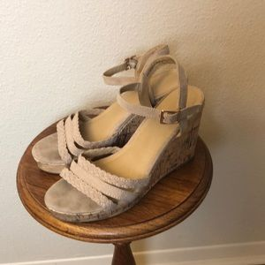 Time and Tru Size 9 Women's Wedges